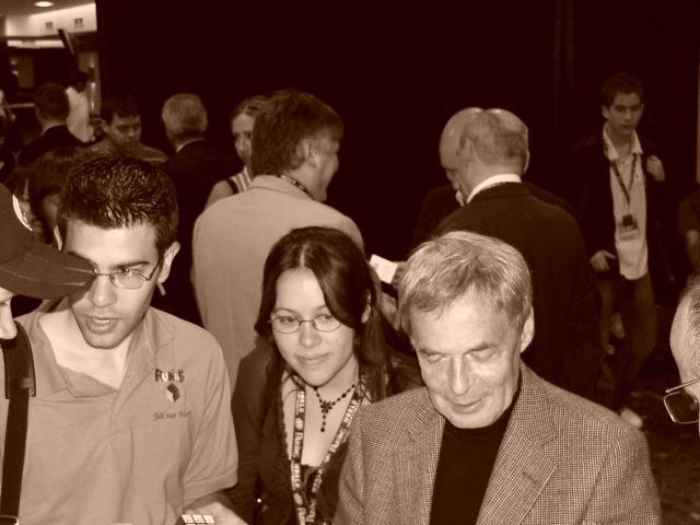 From left to right: Joel van Noort, Jasmine Lee, Erno Rubik
